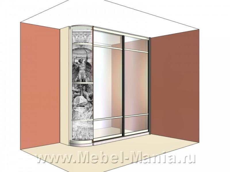 Шкаф-купе с радиусной дверью с фреской.